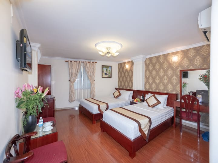 City View Hotel _ Premium Deluxe Triple Room