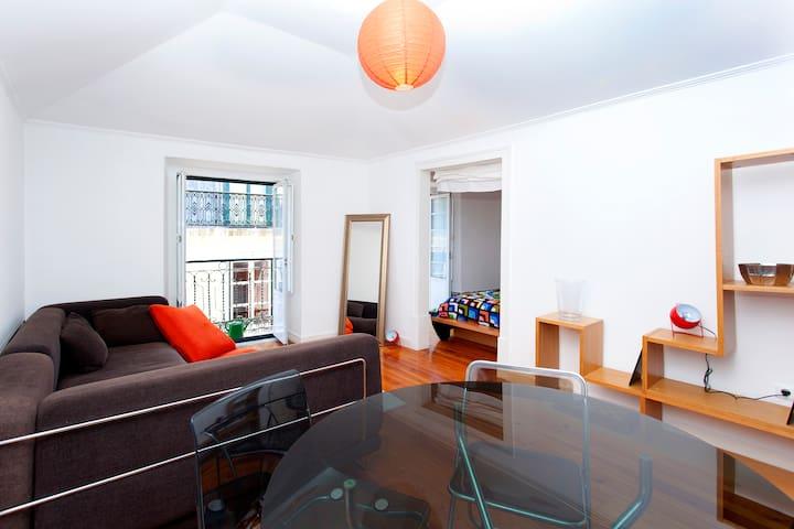 Hip Apartment in Arty Bairro Alto