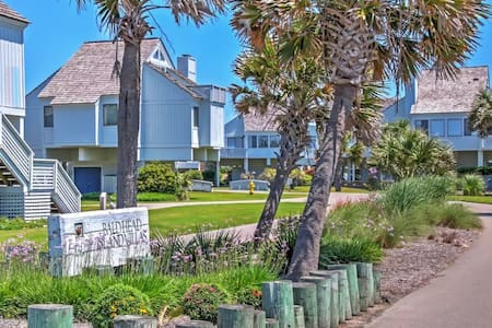 Alluring 3BR Bald Head Island Villa - Bald Head Island