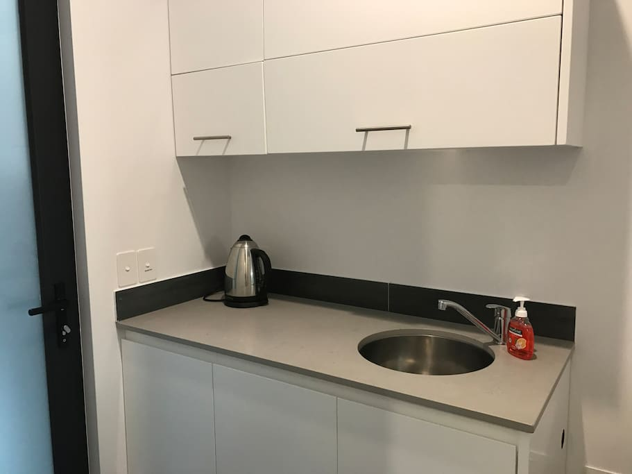 Access to Laundry Sink and Tea and Coffee Facilities