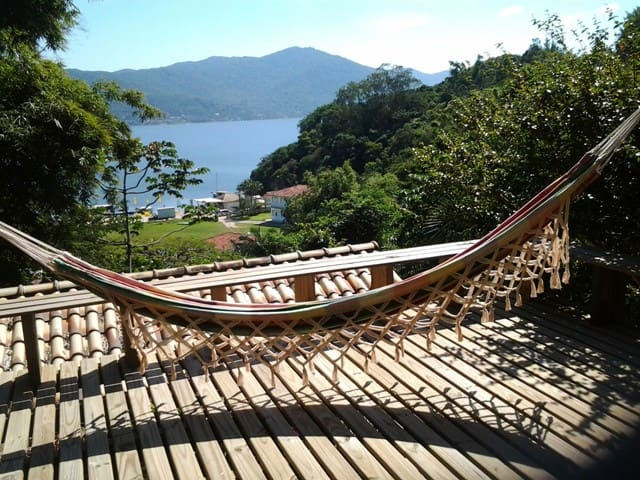 Bem-te-vi  - Apto. with lake view - Florianopolis - Bed & Breakfast