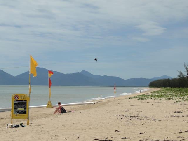 Beach View Cairns Northern Beaches