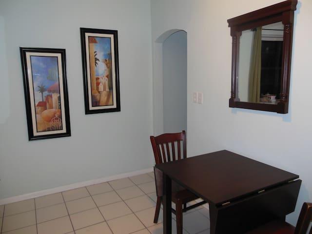 The Opal, 1/1 in Miami Beach - Miami Beach - Apartemen