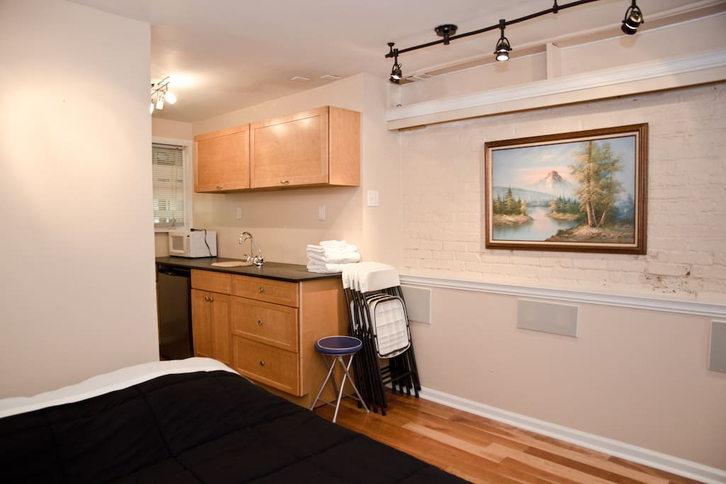 private entire floor, close to NYC