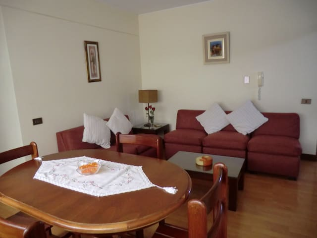 Only 4 blocks from Miraflores heart - Miraflores District - Apartment