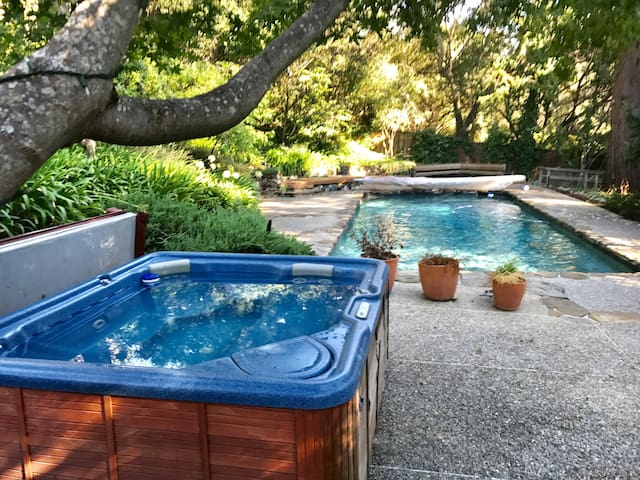 Huge and Private Home w/ 6 Bedrooms & Heated Pool