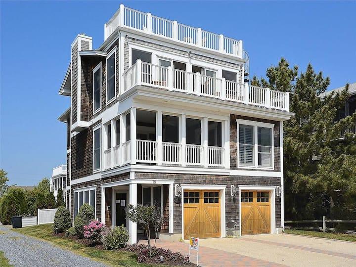 Ocean View Spacious Beach House