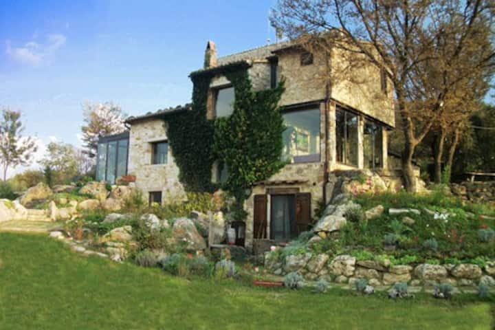 Elegant villa with pool-Tuscany