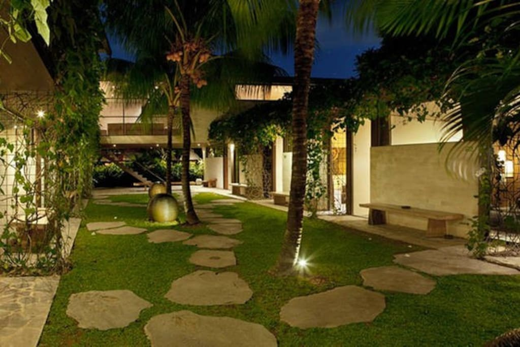 Zen garden in Clio at night