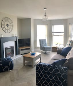 Ramore View, Portrush Sea view apartment BT56 8FQ