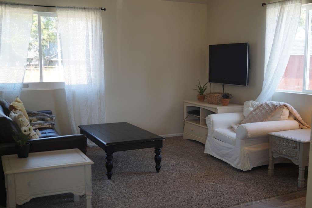Great room with TV/ Cable