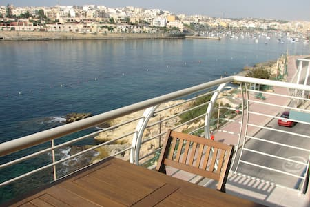 Sea Front Apartment in Marsaskala - Marsaskala - Byt