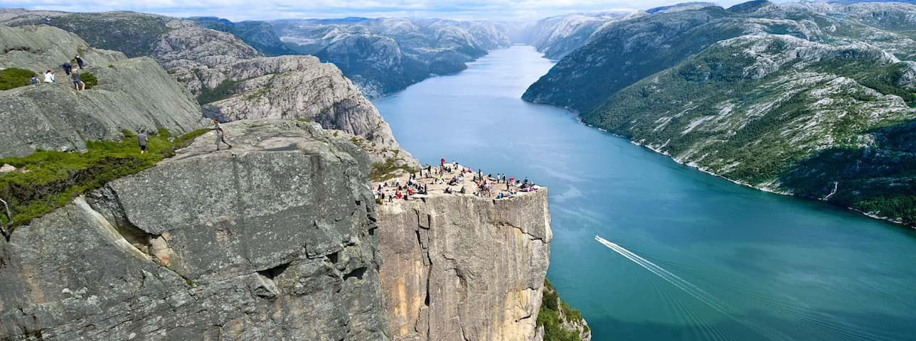 """Preikestolen: 1h 45 minutes drive away + 1h 30 min. walk. Famous for beeing part of the Hollywood-movie """"Mission Impossible Fallout"""""""