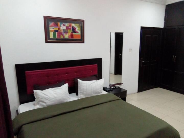 Private En Suite Deluxe Room 2
