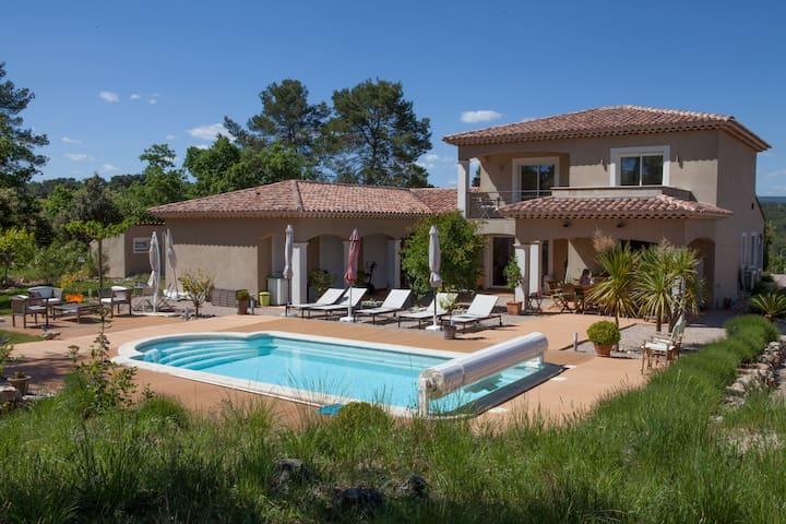 Guest room Rental n°2 in provence