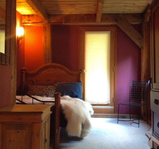 The Weary Traveler- Post & Beam dream! - Anchorage - Bed & Breakfast