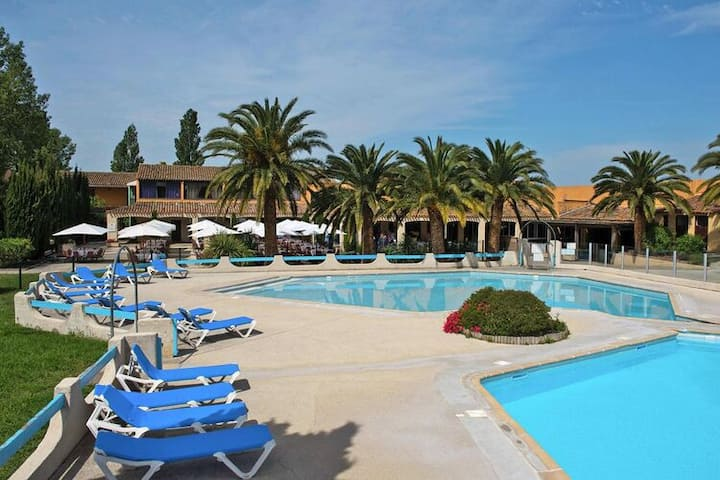4 star holiday home in Arles