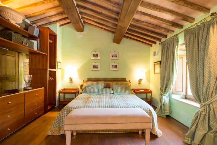 Private Luxury Villa  with Personal Service