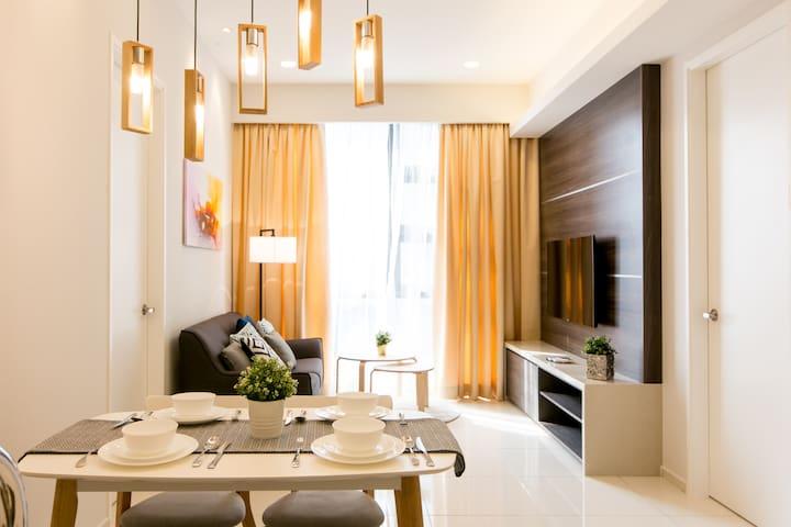 2 bedroom luxury KL+Jln Alor+BktBintang@ Luxe Home