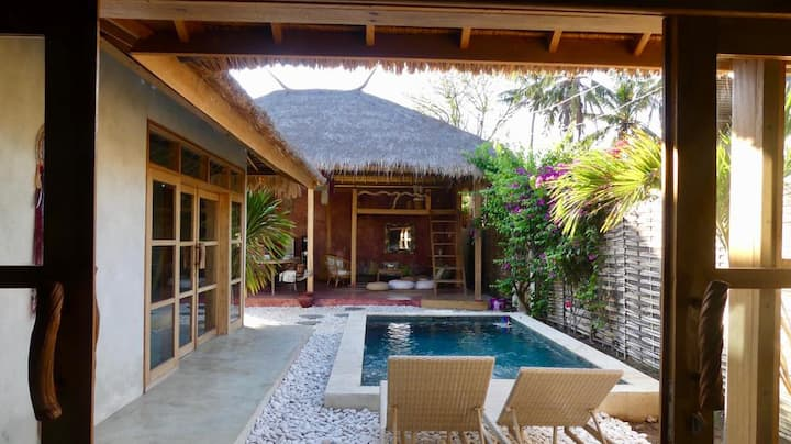 Amazing cosy & colorful Villa with private pool