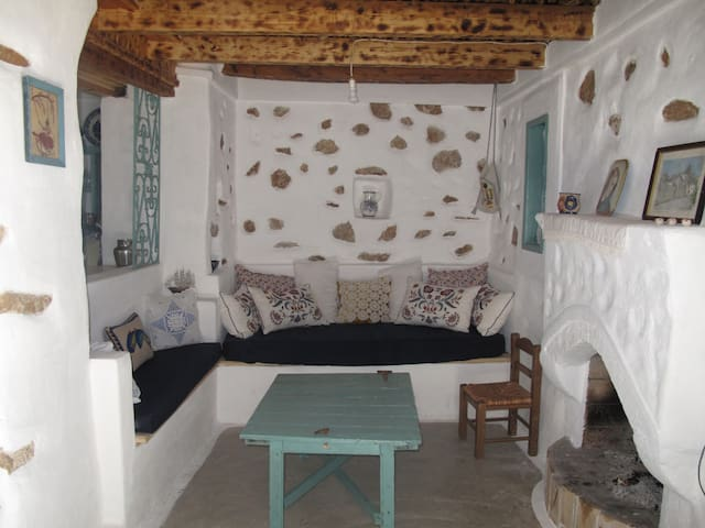 SITARENA COTTAGE IN KARPATHOS GR