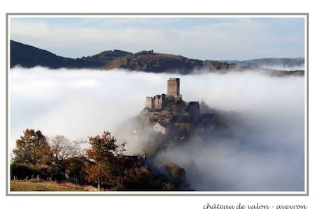 Gite Saba 4 people, Aveyron, France - Lacroix-Barrez - Talo