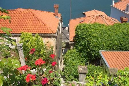Dubrovnik Summer Dream 2+2 person