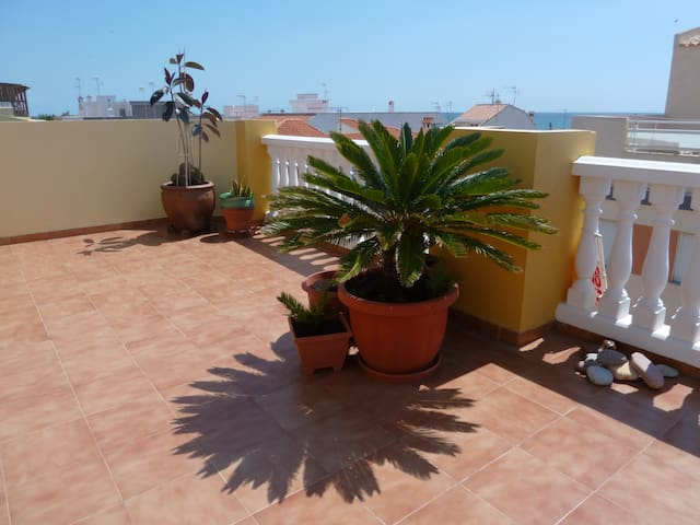 PENTHOUSE 1MIN WALKING TO THE BEACH - Xilxes - Apartment