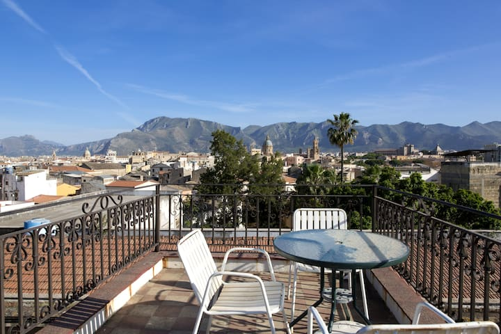Apartment in the center of Palermo - Palermo