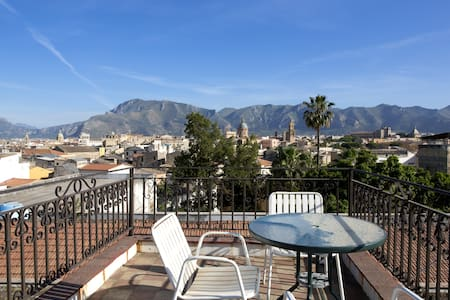Apartment in the center of Palermo - ปาแลร์โม่