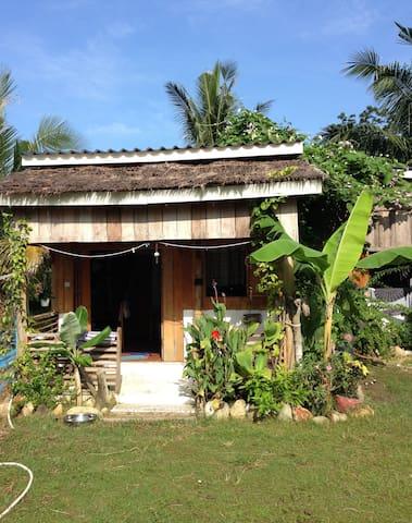 Beach House (Star House), M'Pai Bay