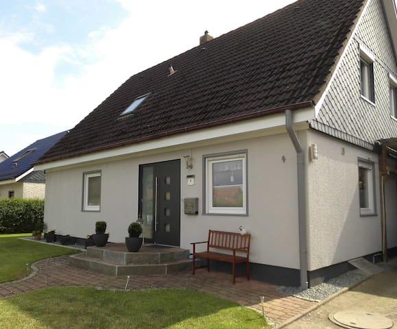 Schöne FeWo in Schönberg - Ostseenähe