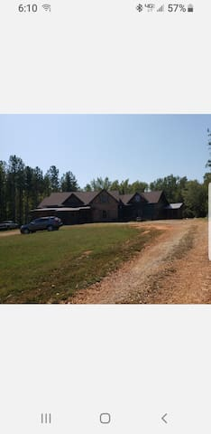 Rooms in beautiful New BearCreek Lakehome byAthens