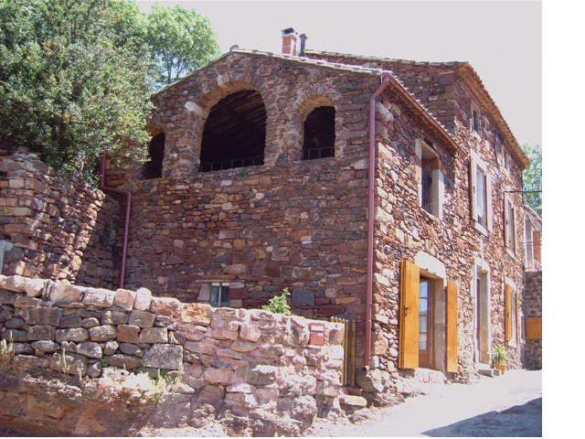 Les Arches 150yr old stone house - Le Puech - 獨棟
