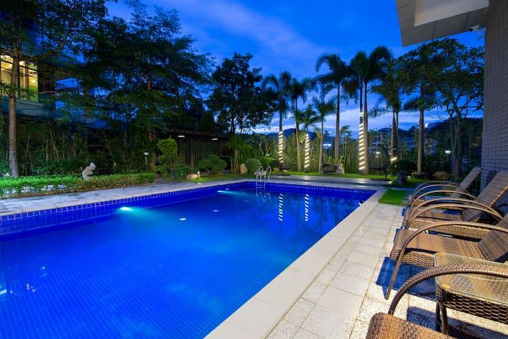 超大私家泳池