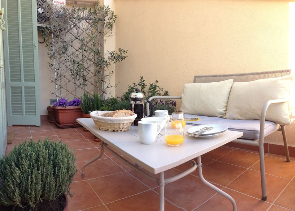 Outdoor Area - Terrace great for morning break fast  or afternoon relaxation