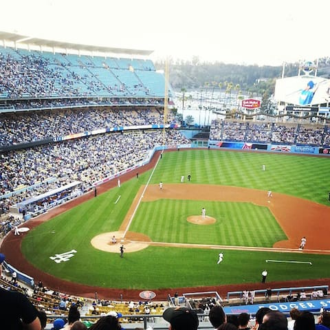 Can You Bring Food To Dodger Stadium