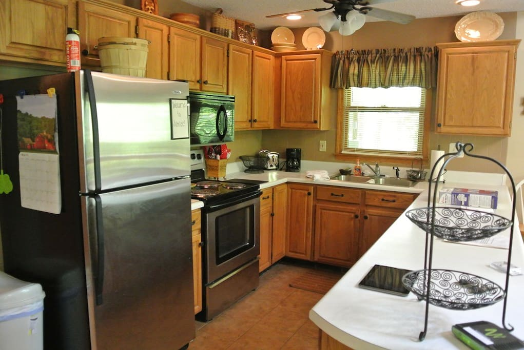 Fully stocked kitchen with everything you could need!