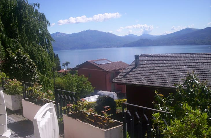 5 bed in typical Villa - Lake view - Ghiffa - Flat