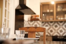 Kitchen Table / table de repas