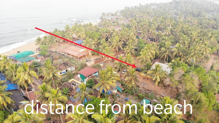 Stunning house by Anjuna beach near Curlies Shack