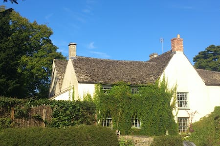 The Old Bear Inn Bed and Breakfast - Perrott's Brook
