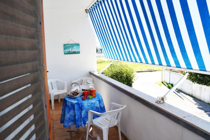 """Central Apartment """"Casa vacanza vicino spiaggia-LL23"""" with Balcony & Air Conditioning; Pets Allowed, Parking Available"""