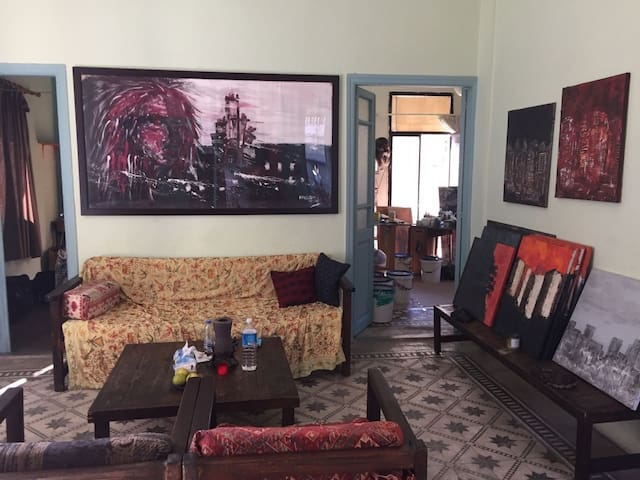 Authentic house in the heart of Achrafiyi