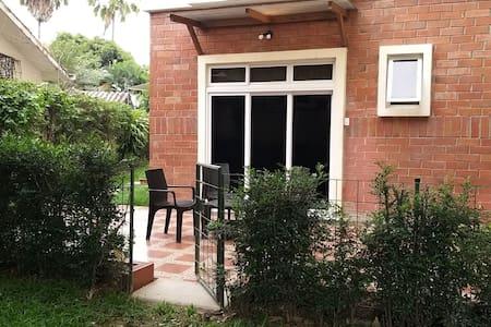 Preciosa y funcional Suite privada en Samborondon
