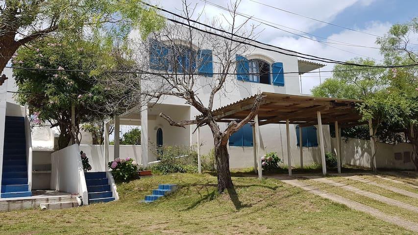 Casa/apartamento a dos cuadras de la playa