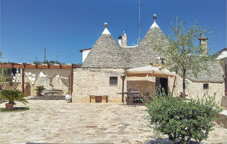 Semi-Detached with 2 bedrooms on 60 m² in Alberobello -BA-