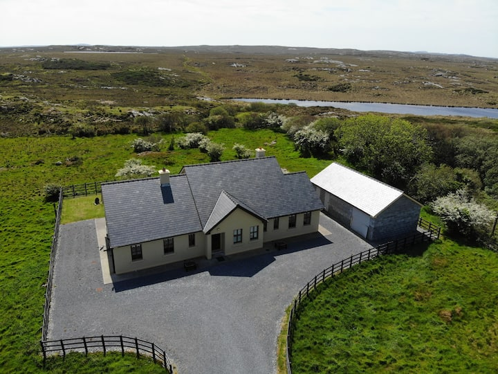White Thorn House, Beaughaneen