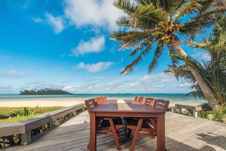 Absolute Beachfront Muri