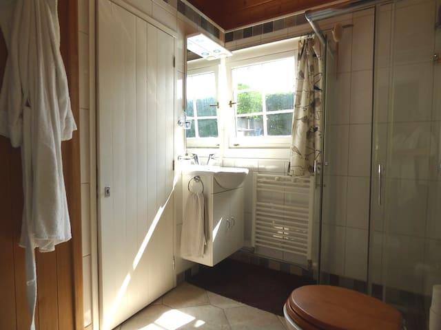 detail  bathroom  - detail van de badkamer